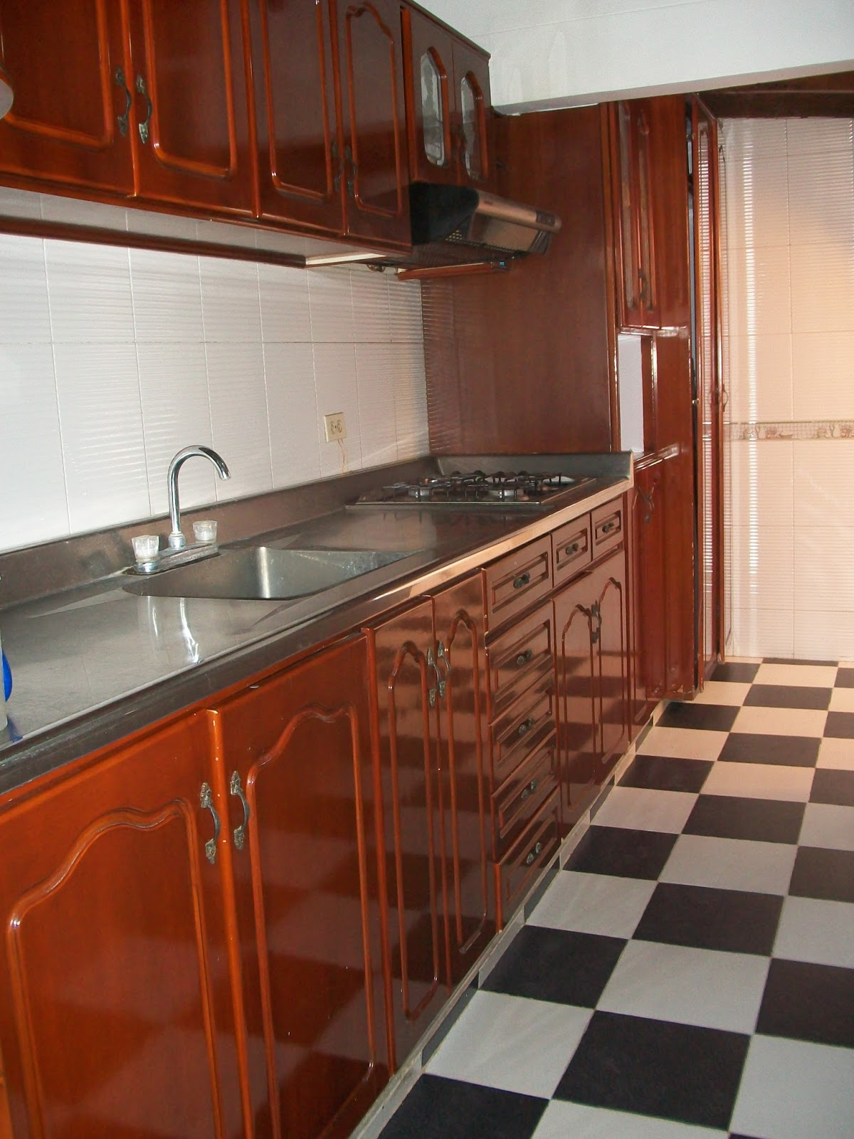 Vendocasaencucuta cocina integral for Planos para fabricar cocinas integrales