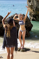 Let her curves do the talking perfect in a sporty bikini, the stunning blonde, Ashley James has wasted no time to roving the beautiful seashore at Bali, Indonesia on Saturday, January 23, 2016.
