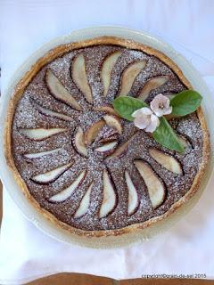https://salzkorn.blogspot.com/2011/10/tarte-aux-poires-cardamom-et-chocolat.html