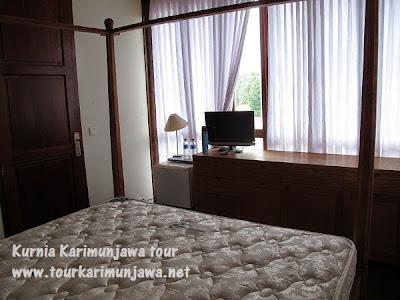 kamar dalam master suite nirwana karimunjawa