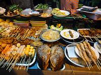street food dinner in Chinatown