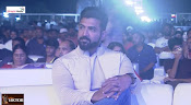 Saaho Pre Release Event-thumbnail-19