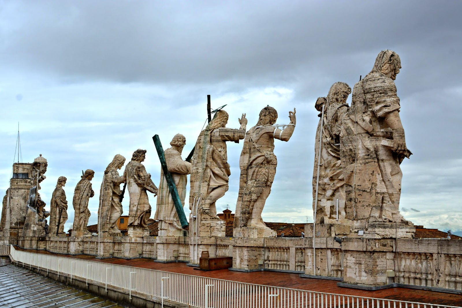 Statues on top of St Peter's Basilica