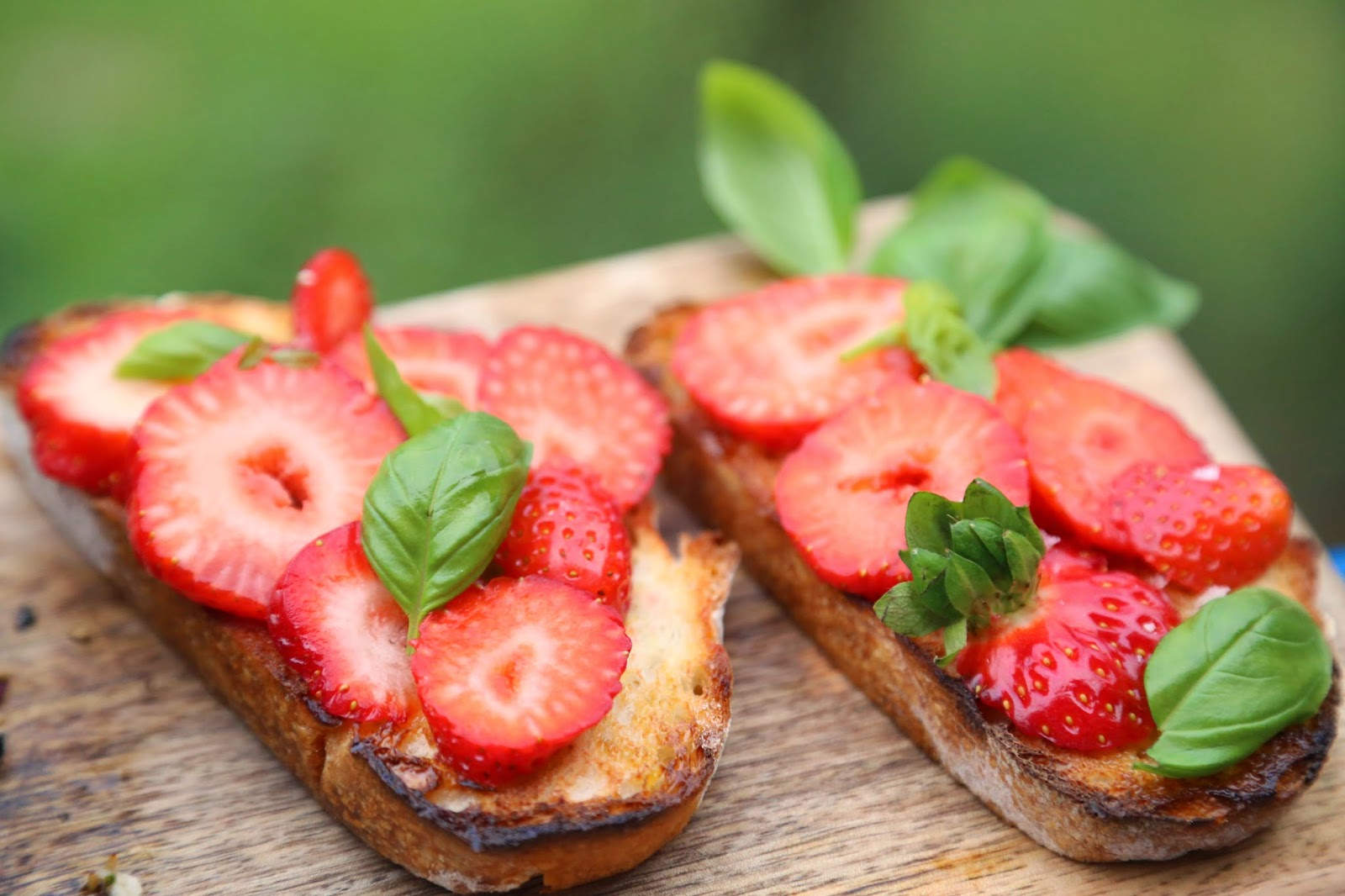 strawberry and basil bruschetta