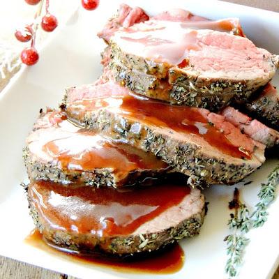 Herbed Beef Tenderloin Roast | bobbiskozykitchen.com