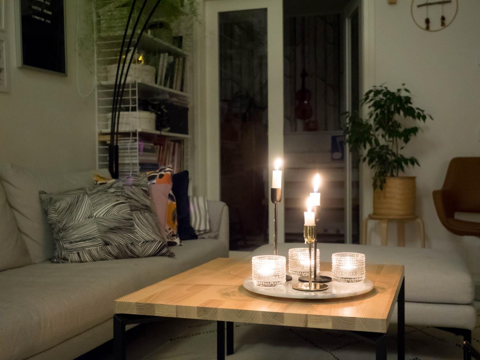 Talostakoti olohuone kynttilät