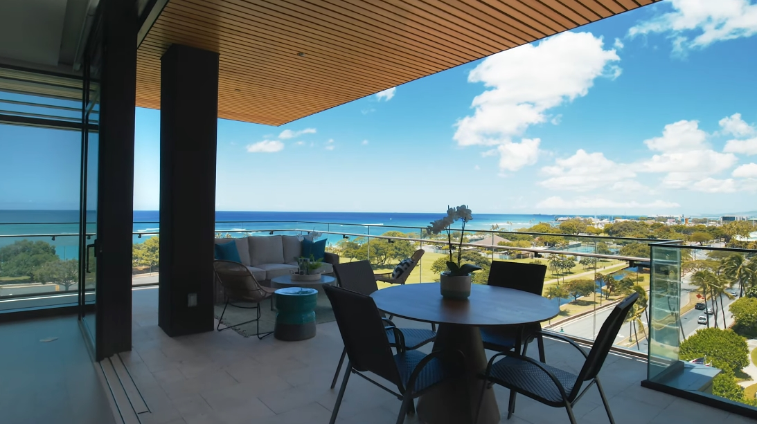31 Interior Design Photos vs. 1388 Ala Moana Blvd #2801, Honolulu Luxury Penthouse Tour