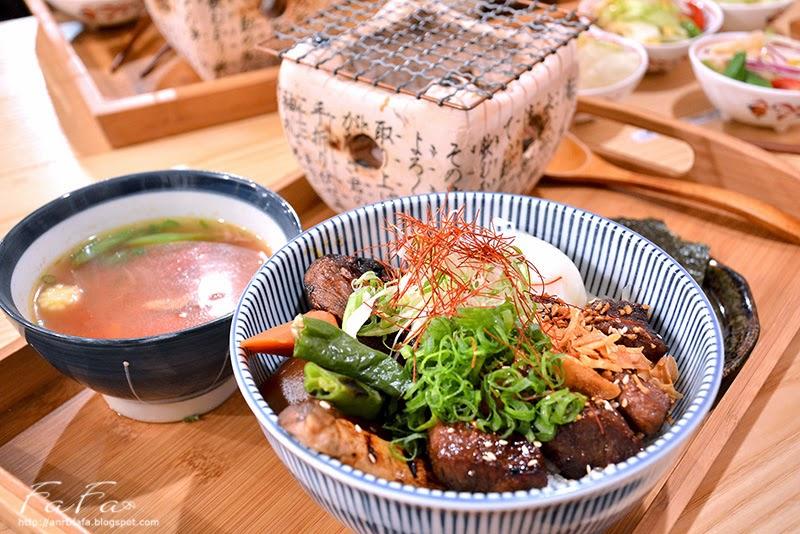 職人燒肉丼店舖。牛肉,海鮮丼飯現烤海苔附餐豐富 - FaFaLin 發發零