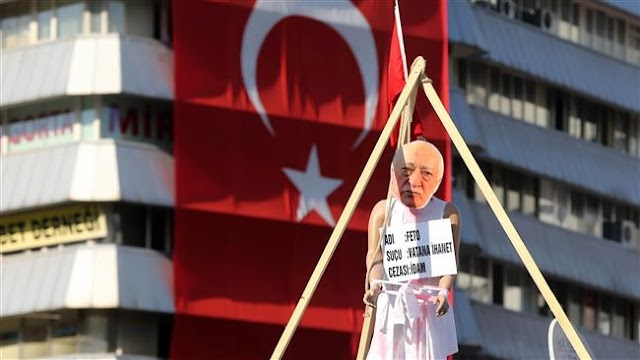 Turkey issues formal arrest warrant for Fethullah Gulen over coup