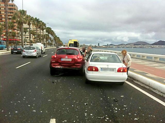 Herido accidente Avenida Marítima Las Palmas, martes 5 julio