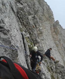 Η διάσωση του σκοπιανού ορειβάτη στον Όλυμπο. (ΦΩΤΟ)