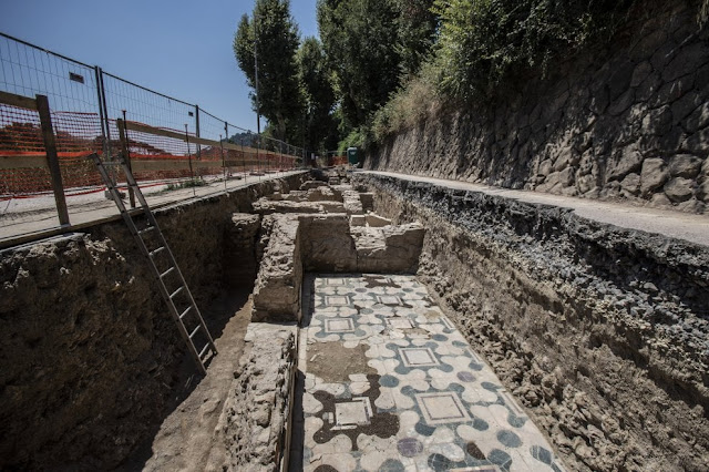 Archaeologists find remains of 'ancient church' on banks of Tiber in Rome