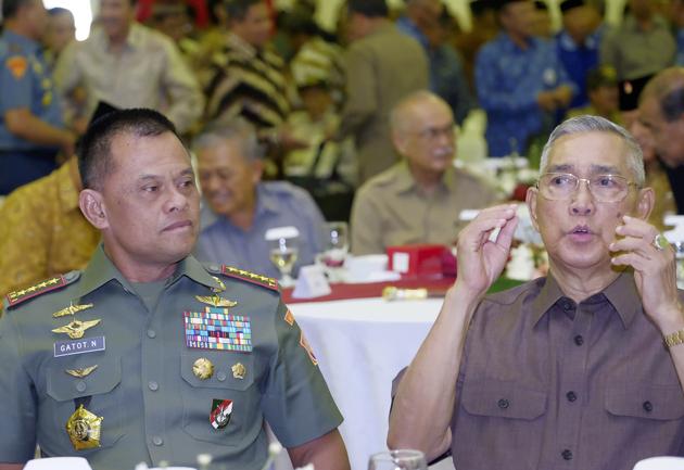Kritikan Pedas  Wakil Ketua Komisi I DPR Tubagus Hasanuddin Buat Jenderal Gatot Soal 5000 Senjata Selundupan