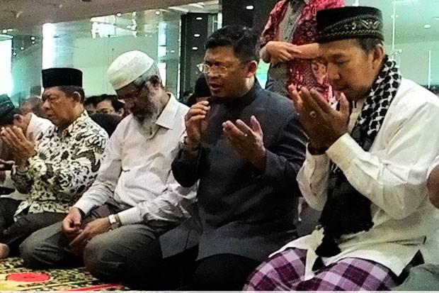 Zakir Naik Kagum dengan Keramahan Umat Islam Indonesia