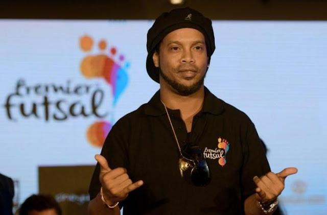 Pemain Legenda Brazil Ronaldinho Dan Barcelona Ini Sedang Dilanda Kebangkrutan