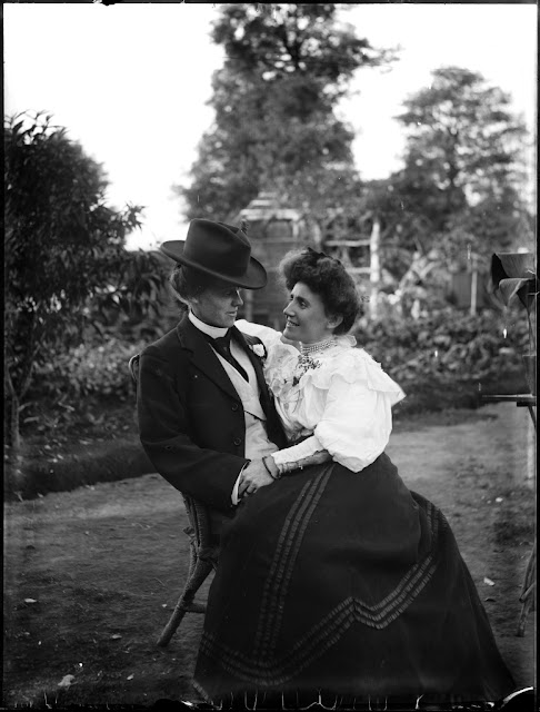 Young couple seated in garden, circa 1900. Phillips Glass Plate Negative Collection, Powerhouse Museum. Gift of the Estate of Raymond W Phillips, 2008.