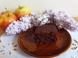 Czekoladowe ciasto z burakiem, ciasto z czekoladą, ciasto z burakiem