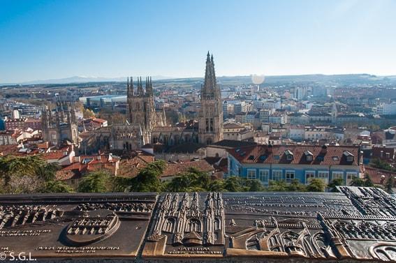 La catedral de Burgos desde el mirador del castillo