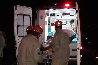 http://vnoticia.com.br/noticia/2432-casal-ferido-em-colisao-de-carro-de-passeio-com-caminhonete-na-rj-224