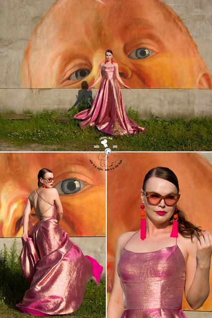 sesja zdjęciowa w sukni sherri hill mural street art photoshoot wieliczka