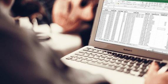 Curso de Excel - Educação Corporativa  e Gestão de Negócios