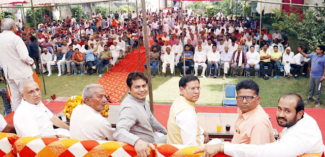 BJP leader Rajesh Nagar receives a grand reception at Tilpat village in central Gujarat