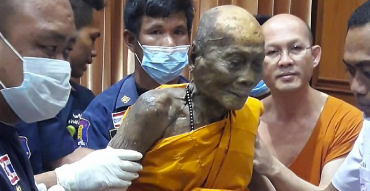 This Unborn Buddhist Monk Smiles Again, Two Months After His Death!