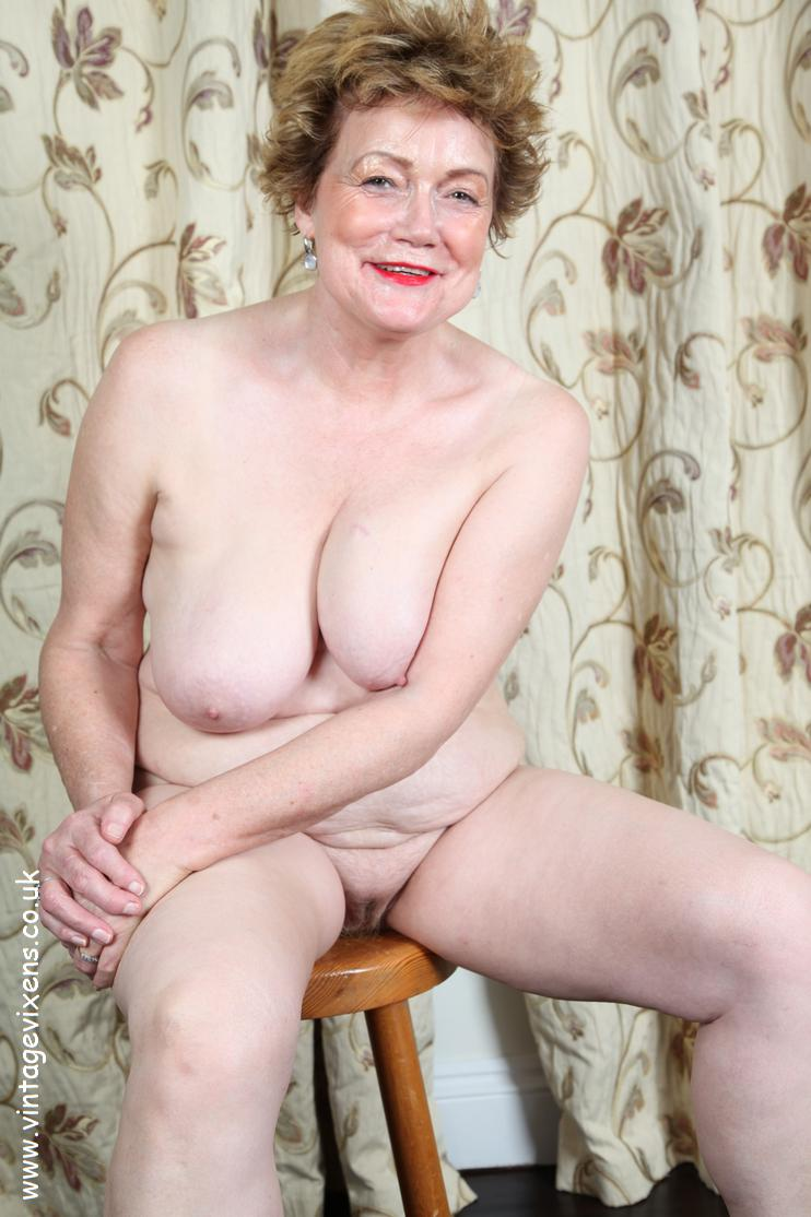 Nude British Grannies 113