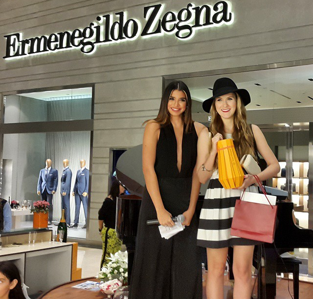 Marie McGrath awarded best dressed at Multiplaza Pacific, Panama