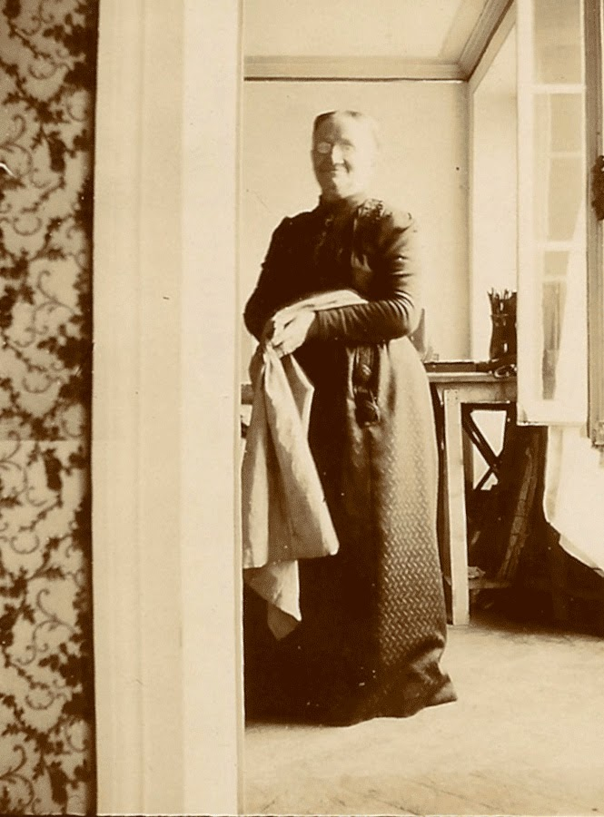 Marie Michaud Vuillard fotografiada por su hijo Édouard