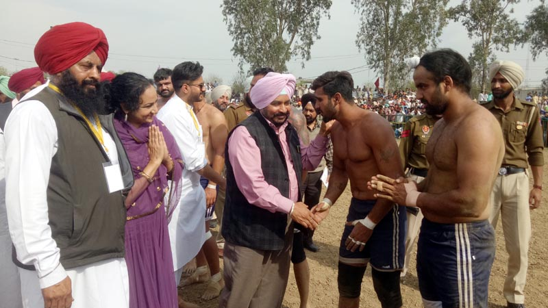 The Cabinet Minister Sadhu Singh Dharamsot meeting with Kabbadi players in Sahnewal today
