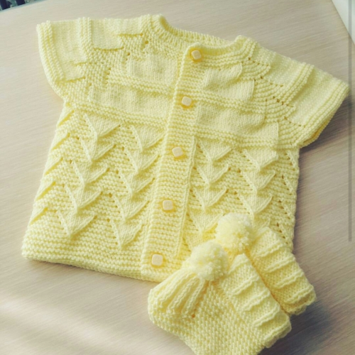 Knitting Baby Vests - 34 Free Patterns
