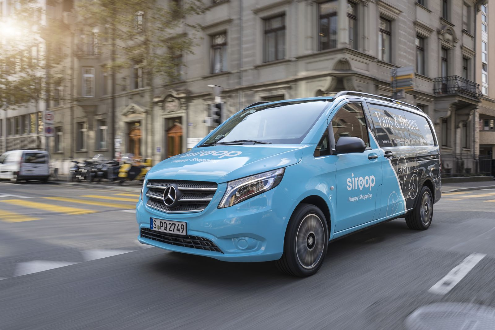 Mercedes launches drone delivery service in zurich carscoops for Mercedes benz b1 service