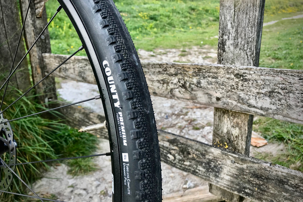 Review Goodyear County Touring Gravel Bike Tyres