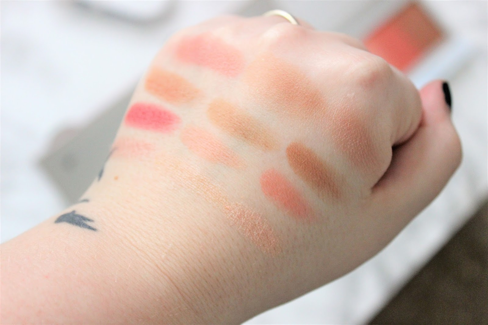 It Cosmetics Confidence In Your Glow Review and Swatches