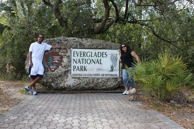 Picture of visitors at Everglades National Park.