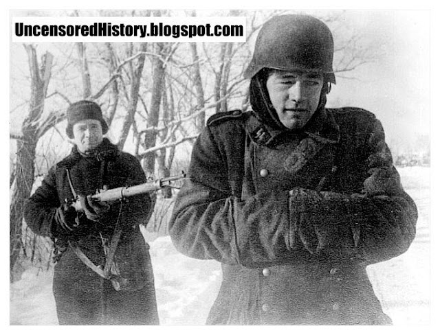 Red Army shot Waffen SS captured soldiers