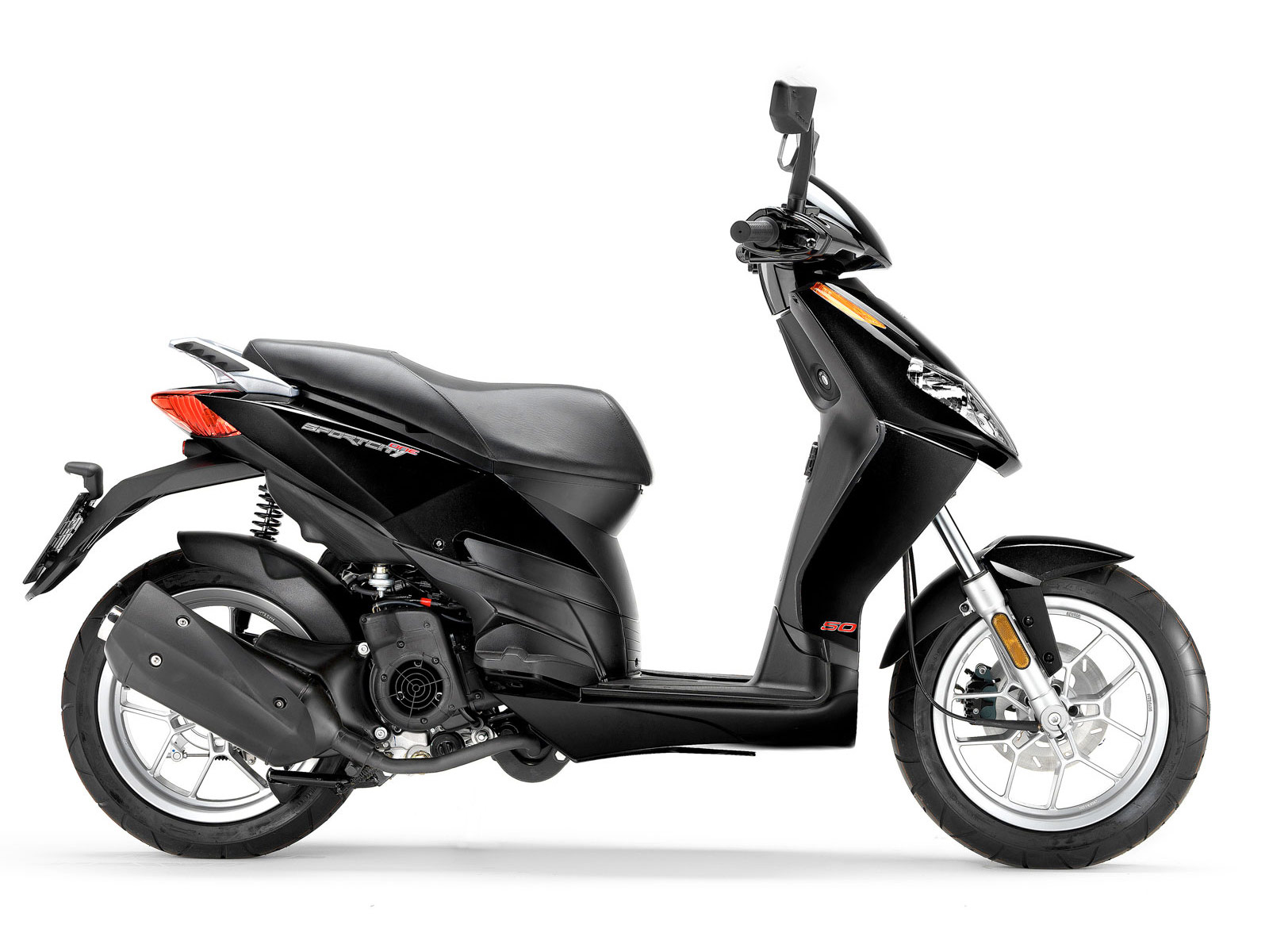 2011 aprilia sportcity 125 scooter pictures insurance information. Black Bedroom Furniture Sets. Home Design Ideas