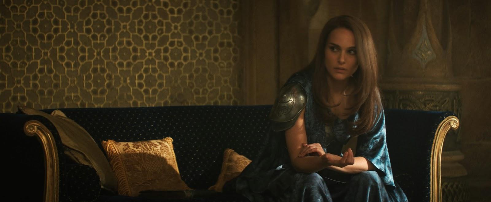 'Thor: The Dark World' Star Natalie Portman Sets Record ... |Natalie Portman Thor The Dark World
