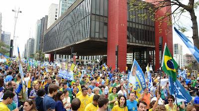 Protestos na Avenida Paulista - Um Asno