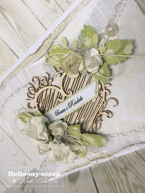ozdabianie kartki kawiatkami, perełkami , napisem