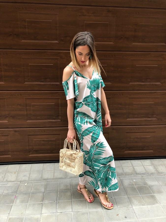 Fitness And Chicness-Leaf Print Dresses La Familia-1