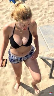 chicas tetonas playa