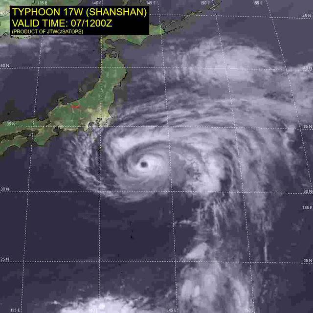 Typhoon Shansan takes aim at Japan 17w_071200sair_0