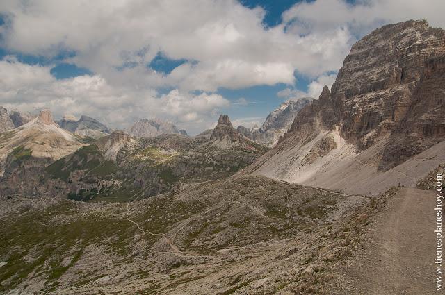 Paisaje ruta Tres Cimas de Lavaredo Italia