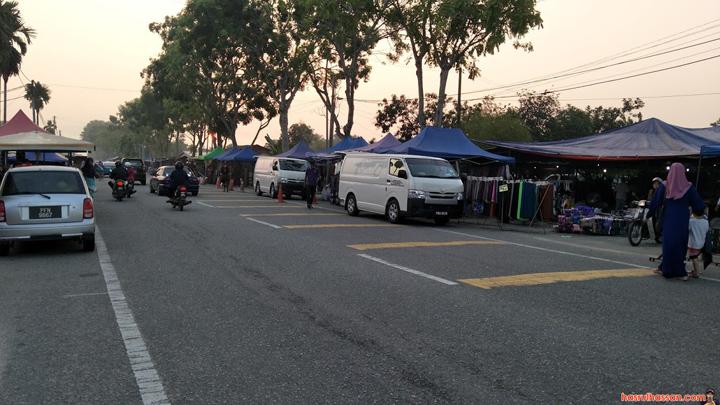 Sakan Peniaga Lelong Baju Raya di Pasar Kemboja Parit Buntar