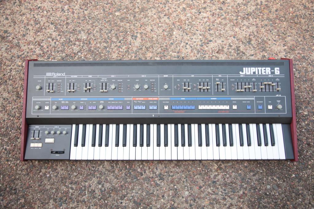 MATRIXSYNTH: Roland Jupiter 6 with Custom Wood Side Panels