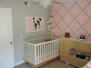 cuarto bebé gris y rosa