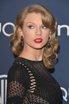 Taylor Swift Hairstyle Ideas for Teen Girls