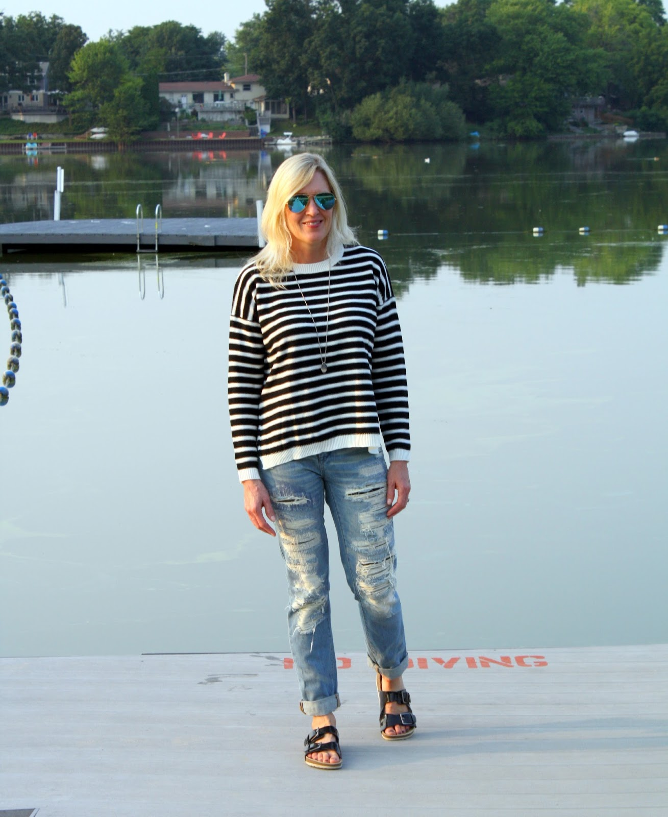 SheIn striped sweater and destroyed jeans to transition to fall
